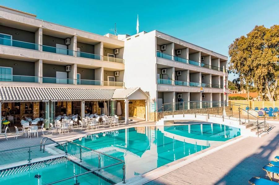 Holidays at Hotel Mimosa in Sidari, Corfu