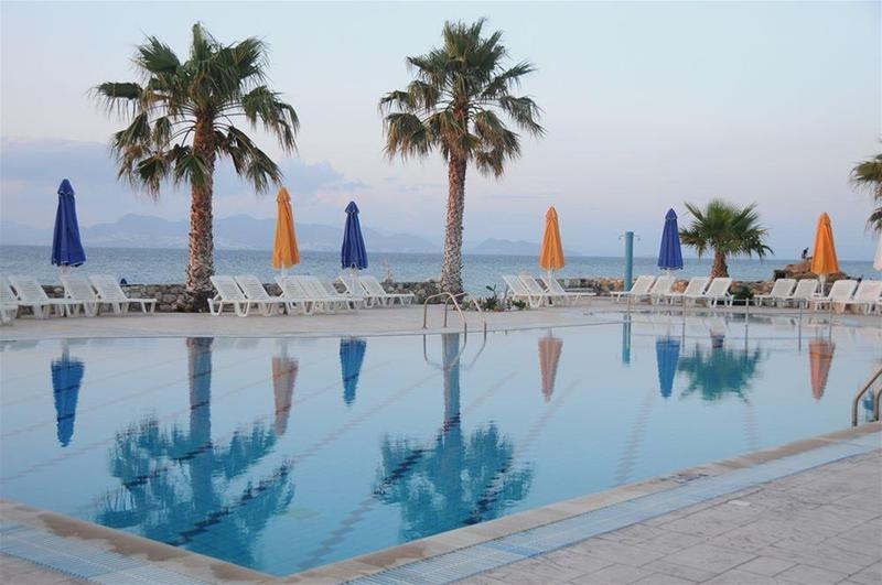 Holidays at Irina Beach Aparthotel in Tingaki, Kos