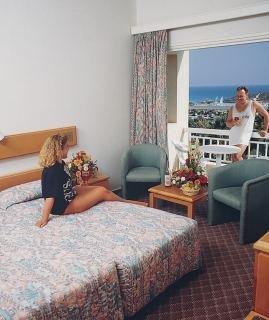 Yiannoula Beach Hotel