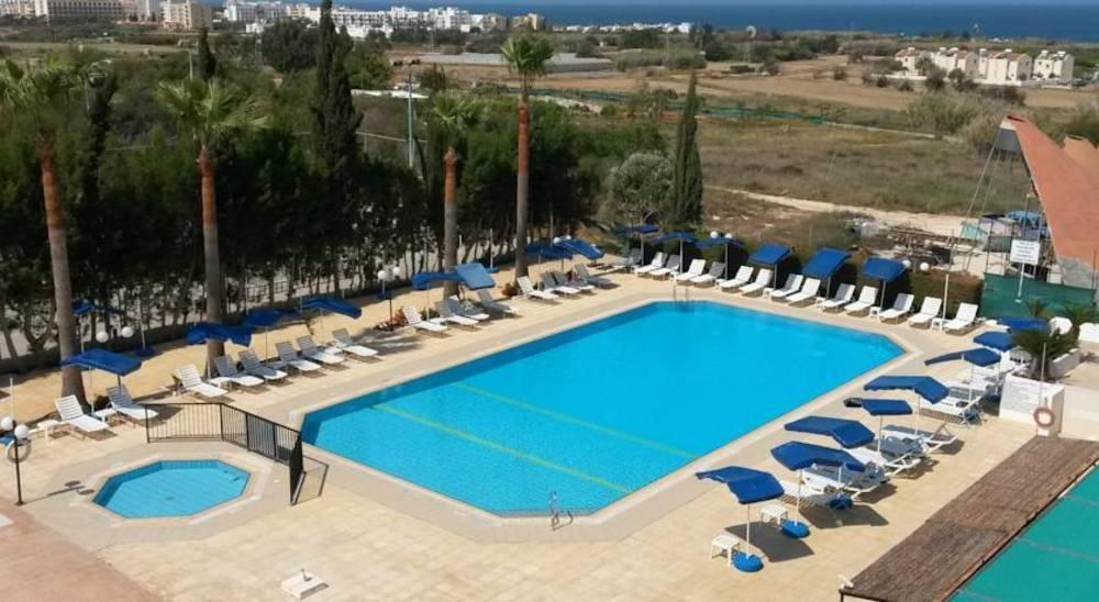 Holidays at Kapetanios Bay Hotel in Protaras, Cyprus