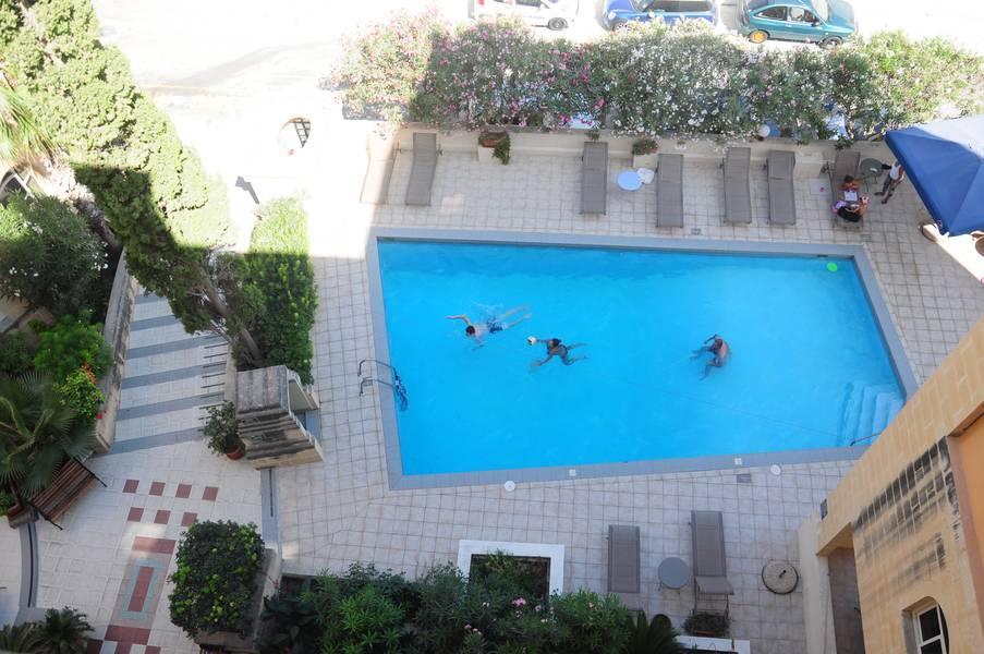 Holidays at Il Palazzin Hotel in Qawra, Malta