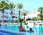 Karawan Beach and Resort Hotel Picture 8