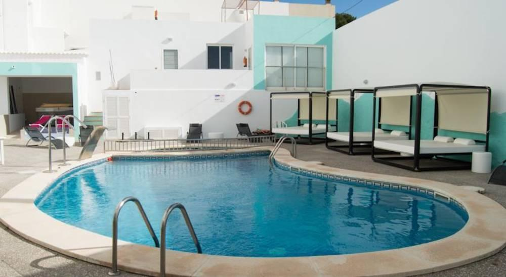 Holidays at Santandria Playa Hotel in Cala Santandria, Menorca