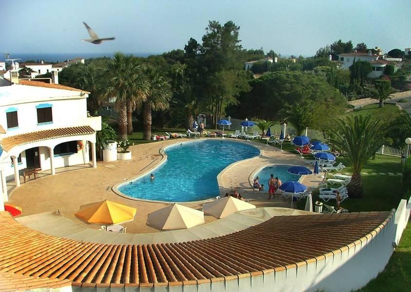 Holidays at Turiquintas Villas and Apartments in Armacao de Pera, Algarve