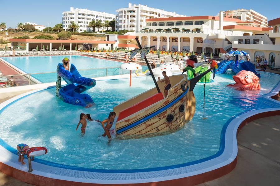 Holidays at Be Live Family Palmeiras Village in Armacao de Pera, Algarve