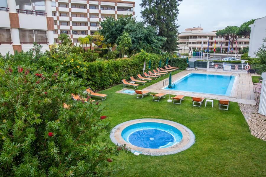 Holidays at Interpass Zarco Apartments in Vilamoura, Algarve