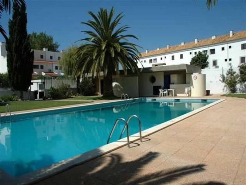 Holidays at Mouraliz Apartments in Vilamoura, Algarve