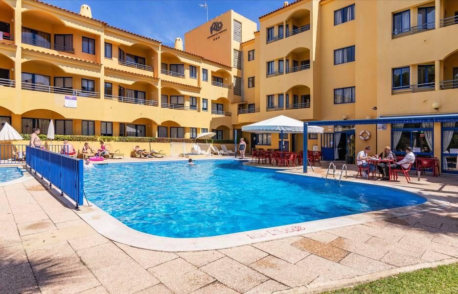 Holidays at Rio Apartments in Vilamoura, Algarve
