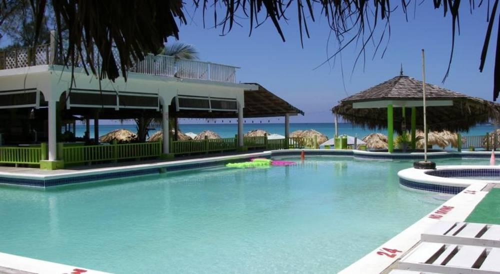 Holidays at Fun Holiday Beach Resort in Negril, Jamaica