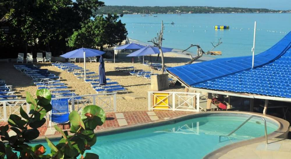 Holidays at Negril Tree House Hotel in Negril, Jamaica