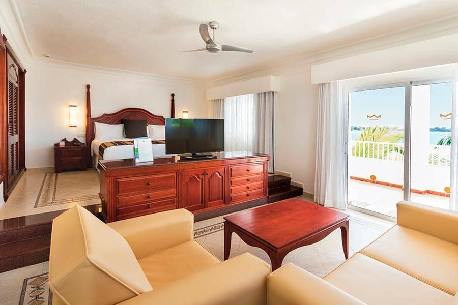 riu negril club hotel negril jamaica book riu negril. Black Bedroom Furniture Sets. Home Design Ideas