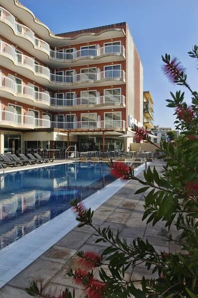 Holidays at Cesar Augustus Hotel in Cambrils, Costa Dorada