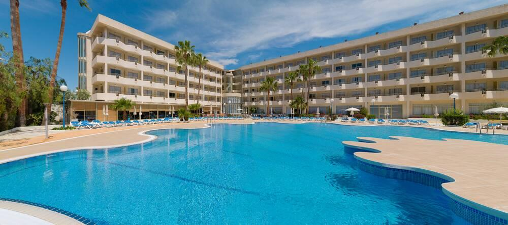 Holidays at H10 Cambrils Playa Hotel in Cambrils, Costa Dorada