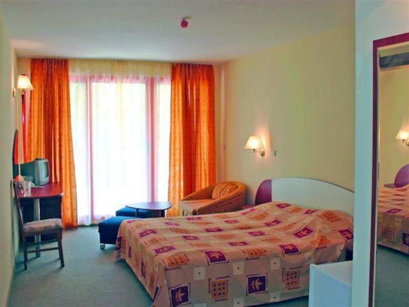 Holidays at Exotica Hotel in Golden Sands, Bulgaria