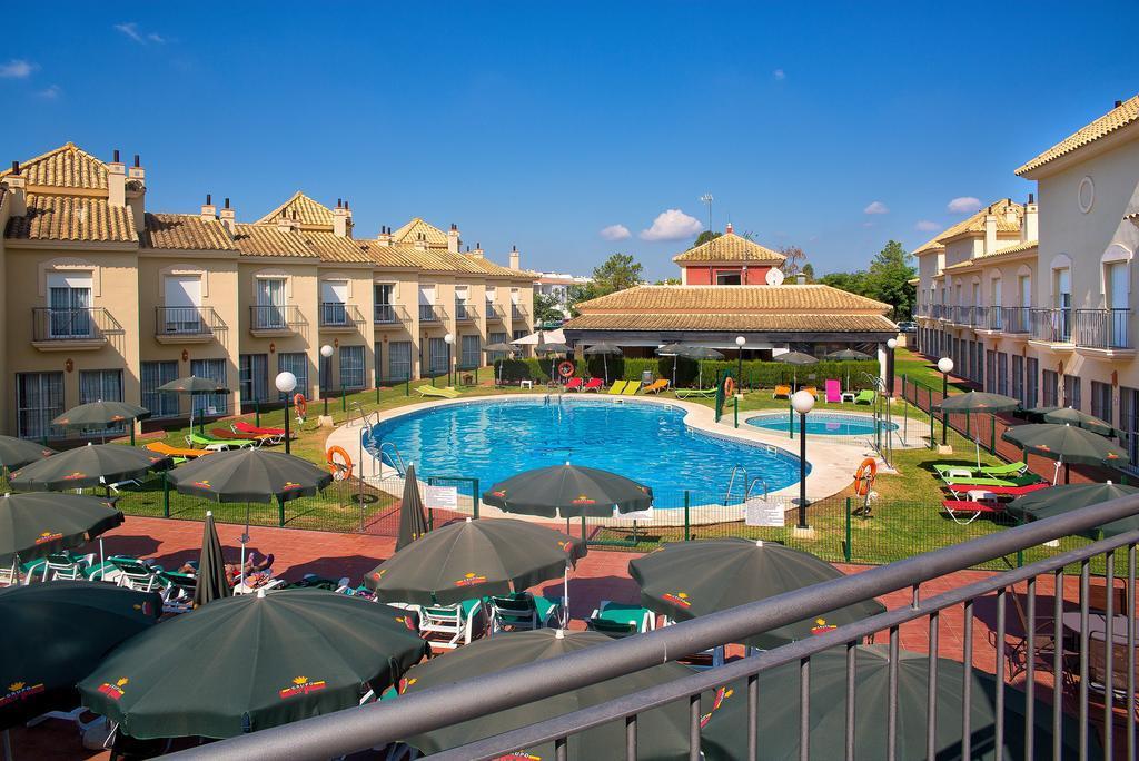 Holidays at Golf Playa Hotel in Islantilla, Costa de la Luz