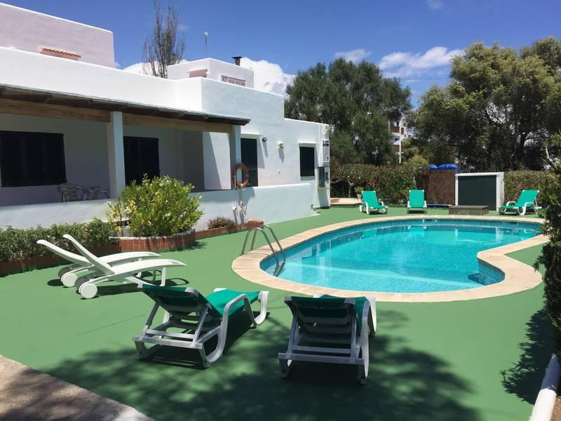 Holidays at Don Felipe Apartments in Cala d'Or, Majorca
