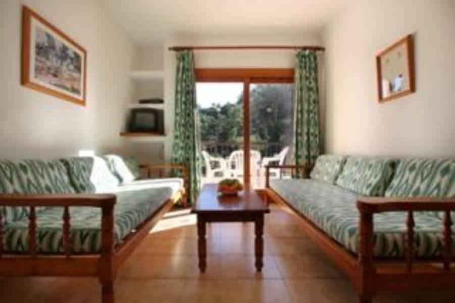 Holidays at Pinos Altos Apartments in Cala San Vincente, Majorca