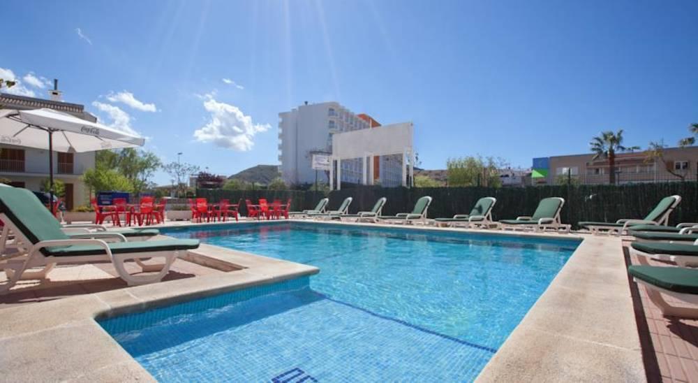 Holidays at Ferrer Tamarindos Apartments in Alcudia, Majorca