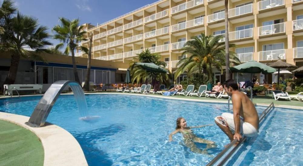 Holidays at Ferrer Maristany Aparthotel in Alcudia, Majorca