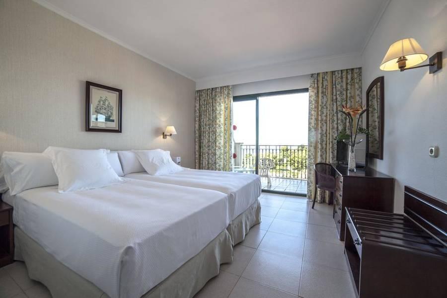Valentin Son Bou Hotel Amp Apartments Son Bou Menorca