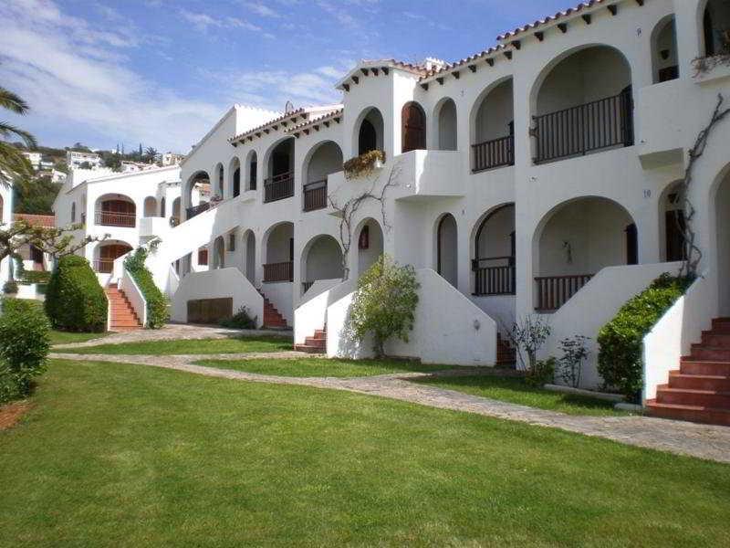 Es Girasols Apartments