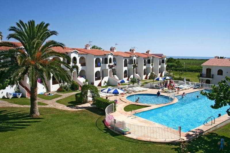 Holidays at Es Girasols Apartments in Son Bou, Menorca