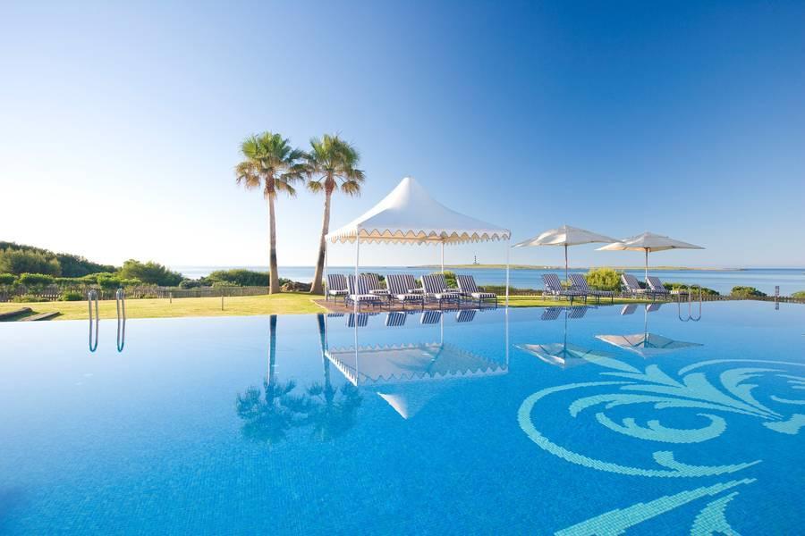 Holidays at Insotel Punta Prima Prestige Suites in Punta Prima, Menorca