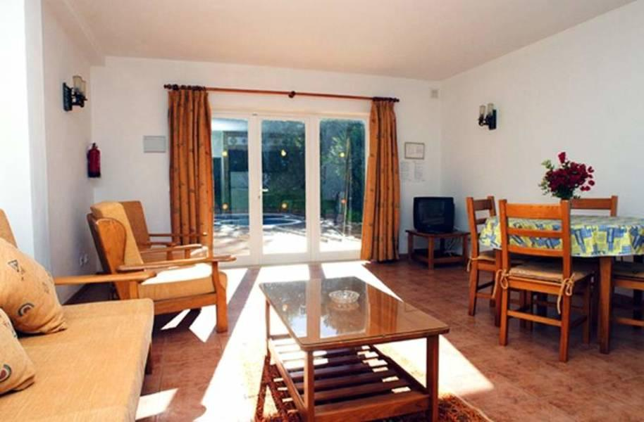 Holidays at Montinho De Ouro Aparthotel in Praia da Luz, Algarve