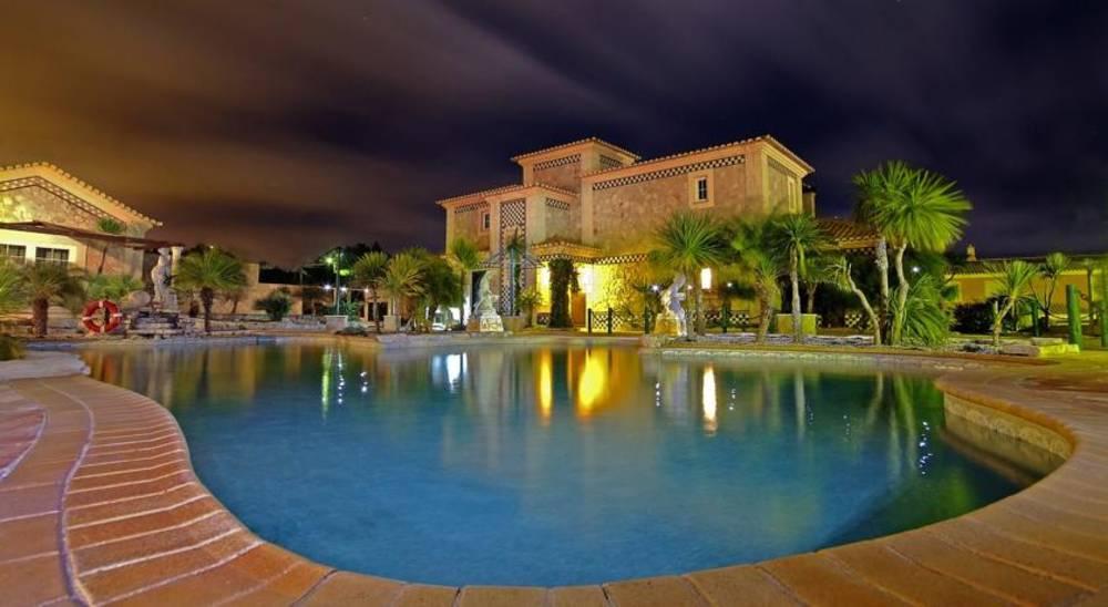 Holidays at Quinta do Mar da Luz Hotel in Burgau, Praia da Luz
