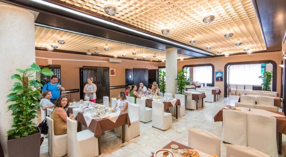 Holidays at Sumratin Hotel in Dubrovnik, Croatia
