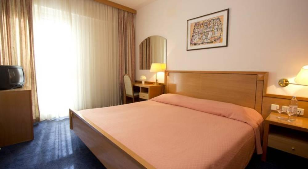 Holidays at Splendid Hotel in Dubrovnik, Croatia