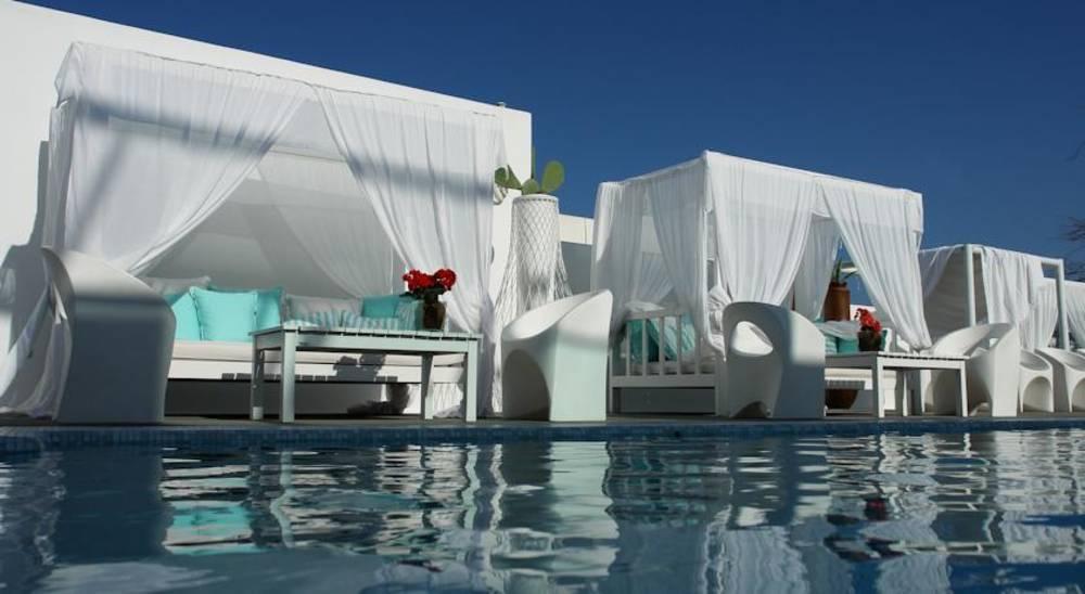 Holidays at Aressana Hotel in Fira, Santorini