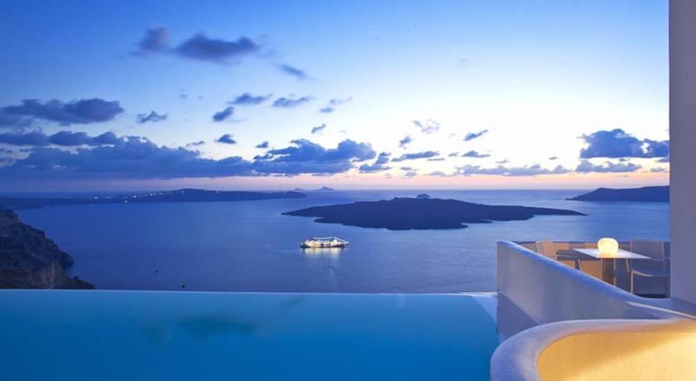 Holidays at Cosmopolitan Suites in Fira, Santorini