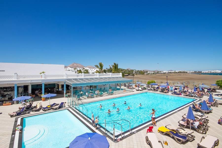 Las costas hotel puerto del carmen lanzarote canary islands book las costas hotel online - Cheap hotels lanzarote puerto del carmen ...
