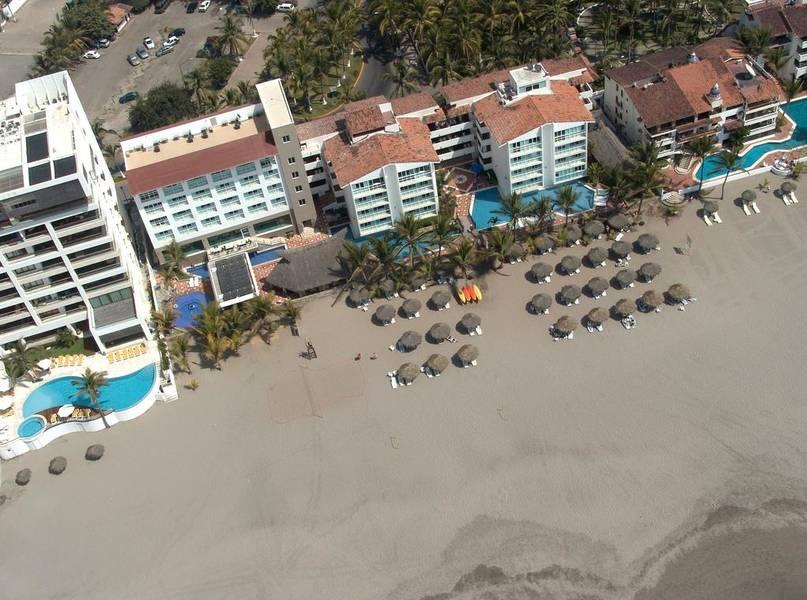 Holidays at Villa Varadero Hotel in Neuvo Vallarta, Puerto Vallarta