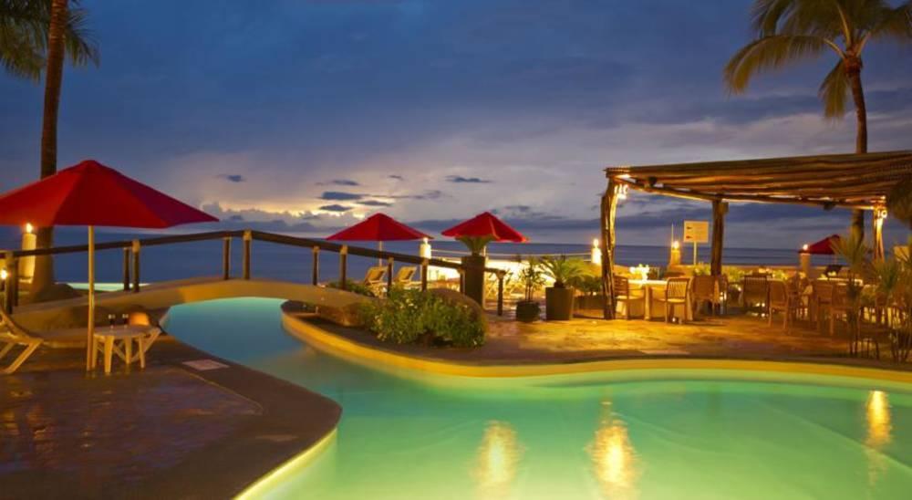 Holidays at Plaza Pelicanos Grand Beach Resorts Hotel in Zona Hotelera, Puerto Vallarta