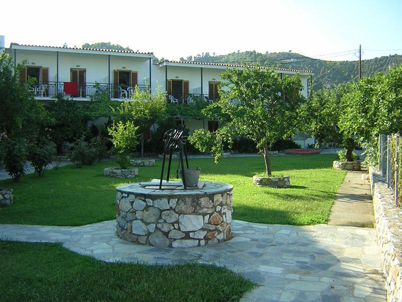 Holidays at Vontzos Hotel in Achladies, Skiathos
