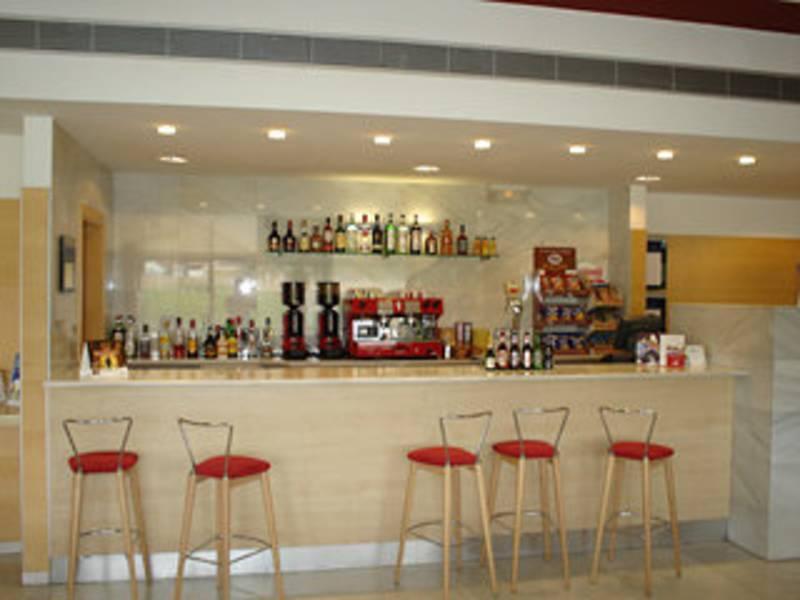 Holidays at Holiday Inn Express Valencia Bonaire in Valencia, Costa del Azahar