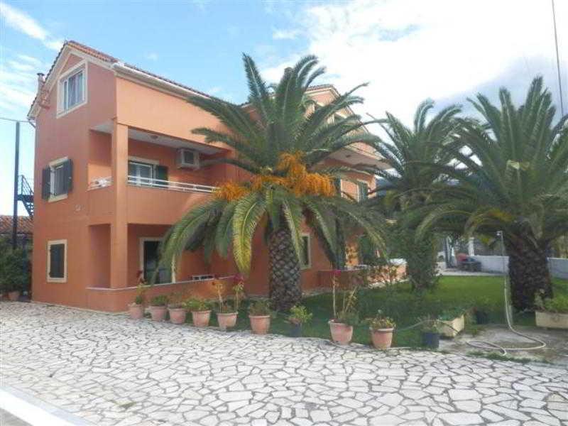 Holidays at Katerina Apartments in Acharavi, Corfu
