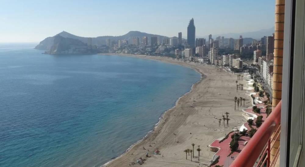 Beni Beach Apartments, Benidorm, Costa Blanca, Spain. Book ...