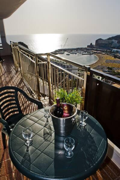 Holidays at Miriam Apartments in Puerto Rico, Gran Canaria