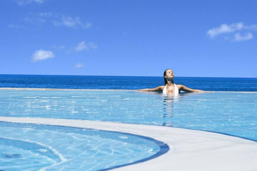 Holidays at Charisma De Luxe Hotel in Kusadasi, Bodrum Region