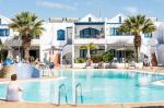 Holidays at Cinco Plazas Apartments in Puerto del Carmen, Lanzarote