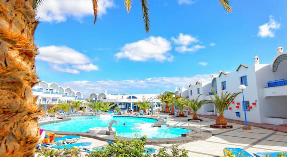 Holidays at Puerto Carmen Apartments in Puerto del Carmen, Lanzarote