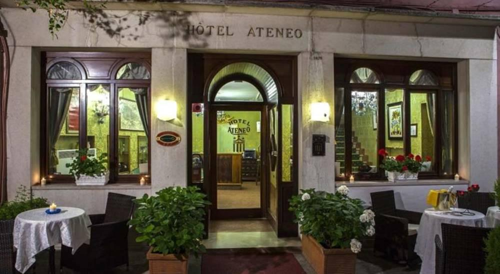 Holidays at Ateneo Hotel in Venice, Italy