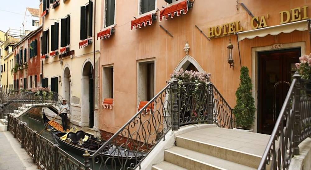 Holidays at Ca Dei Conti Hotel in Venice, Italy