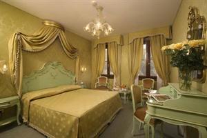 Holidays at La Locanda Di Orsaria Hotel in Venice, Italy