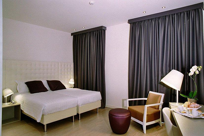 Holidays at Lugano Hotel in Venice, Italy