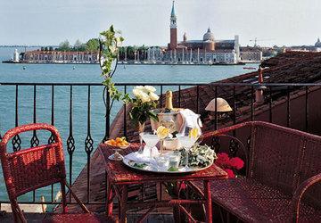 Holidays at Metropole Venice Hotel in Venice, Italy
