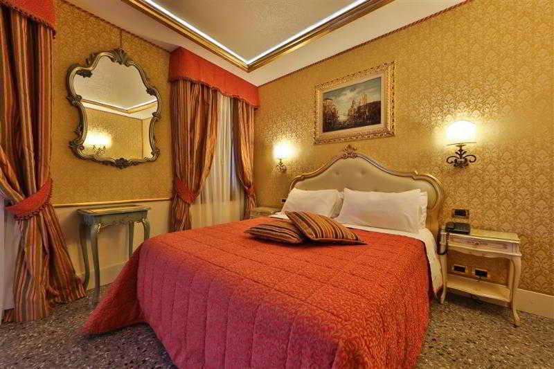 Holidays at Best Western Olimpia Hotel in Venice, Italy
